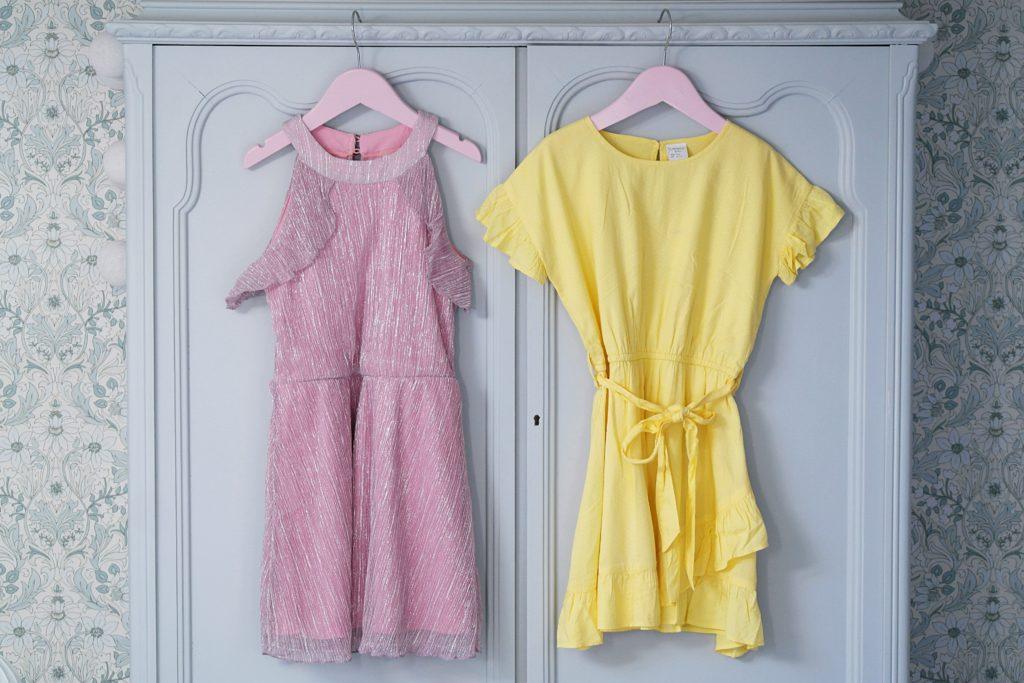 d6a4562f8a0 Just nu har Ellos upp till 40% på överdelar, klänningar & badkläder från  Ellos kollektioner så tillfälle att fynda från Valerie-samarbetet och allt  på ...